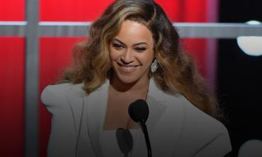 Beyonce surprises young fan fighting cancer with an adorable gesture